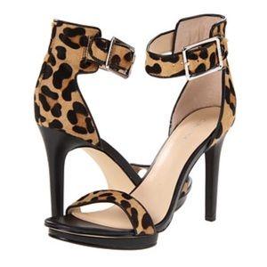 Calvin Klein Vivian Platform Sandal l Size 9